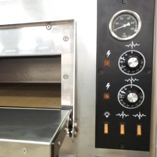 Four Pizza électrique détail thermomètre pyromètre et réglage 0°C à 500°C