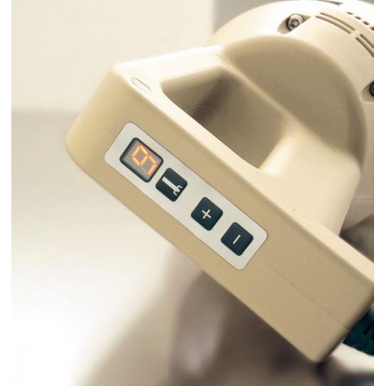 Variateur 9 vitesses 2000, 9000, max 17000 tr/mn - Mixer plongeant 450VV vitesse variable - FAMA